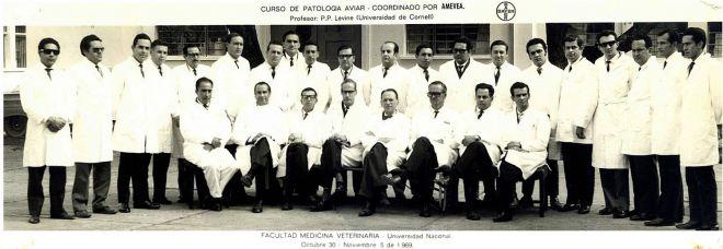 1-Curso-Patología-Aviar-Bogotá-1969